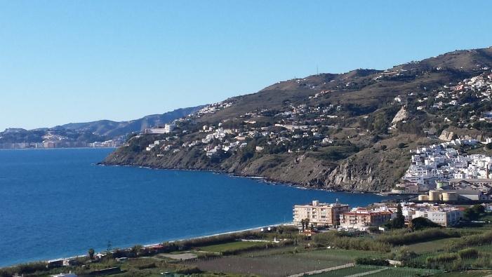 Los acantilados y fondos marinos de Salobreña son declarados Zonas Especiales de Conservación