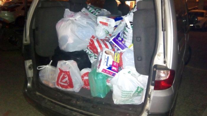 El Colegio Mayor Zaragoza consigue recaudar 300 kilos de productos para los refugiados