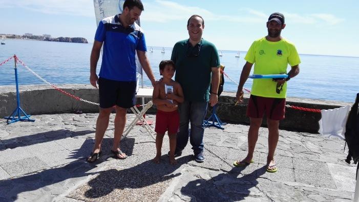 Una quincena de participantes en la primera regata Playas de Salobreña