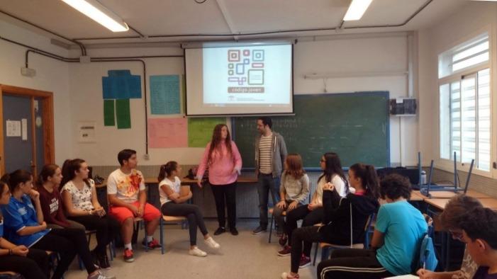 Alumnos de Secundaria participan en un taller antidiscriminación