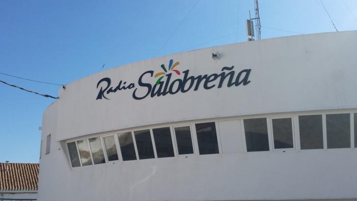 Radio Salobreña completa su programación de temporada con los espacios musicales de tarde
