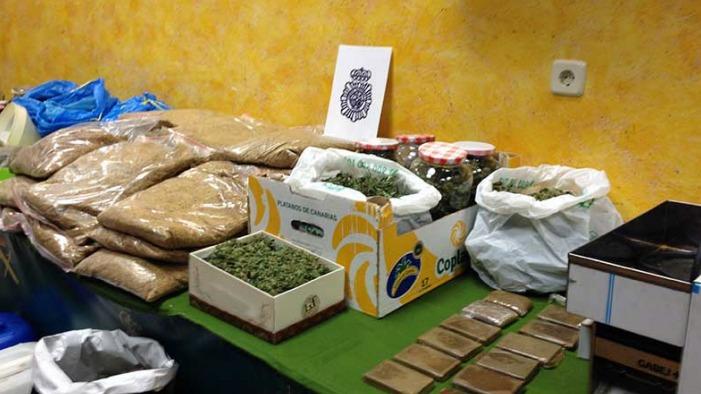 Desarticulada una organización criminal dedicada al tráfico de drogas situada en Salobreña