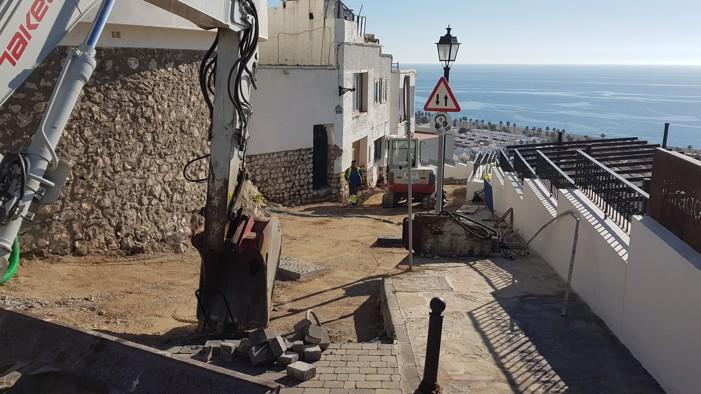 Las obras de rehabilitación de calles del Casco Antiguo se pararán durante los periodos turísticos