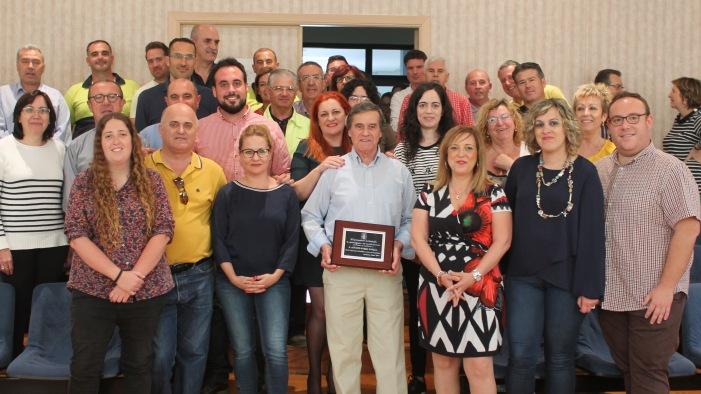 Salobreña rinde homenaje a trabajadores jubilados en la celebración de Santa Rita