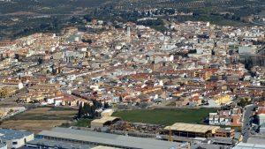 Peligros ofrece enclaves naturales con espectaculares vistas a Granada, Sierra Nevada y la Vega