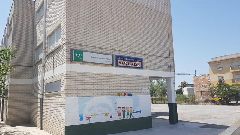 Tranquilidad en los centros educativos tras recibir el 'Decálogo para una vuelta al cole segura' por parte de la Junta